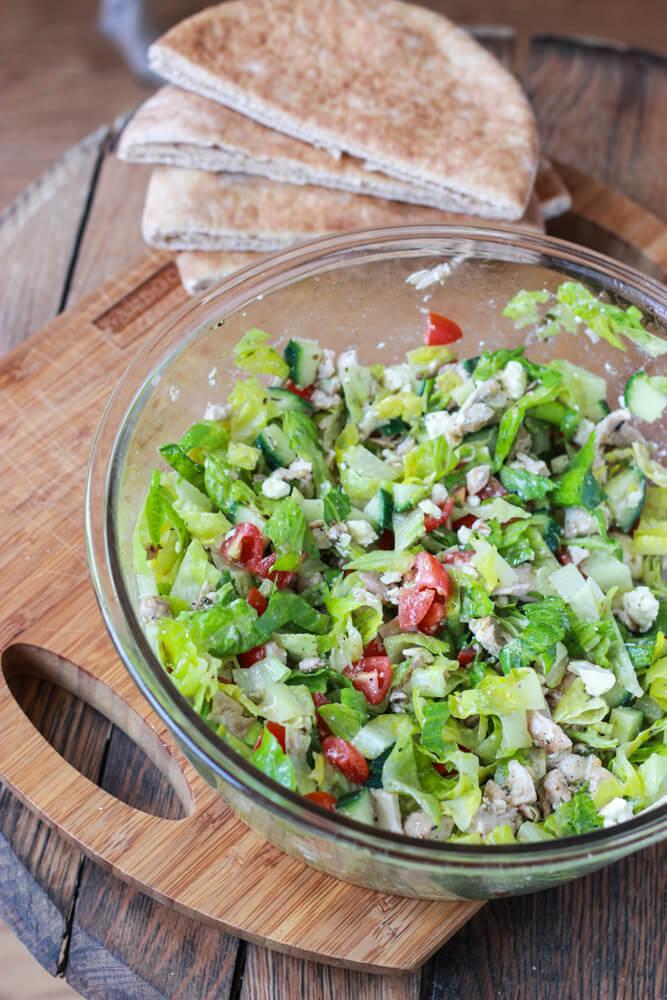 Greek Chicken Salad Pita Pockets|littlebroken.com
