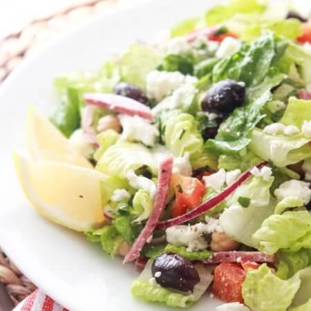 Greek Italian Chopped Salad - antipasto platter but in a salad form! All your favorite Greek + Italian flavors combined | littlebroken.com @littlebroken