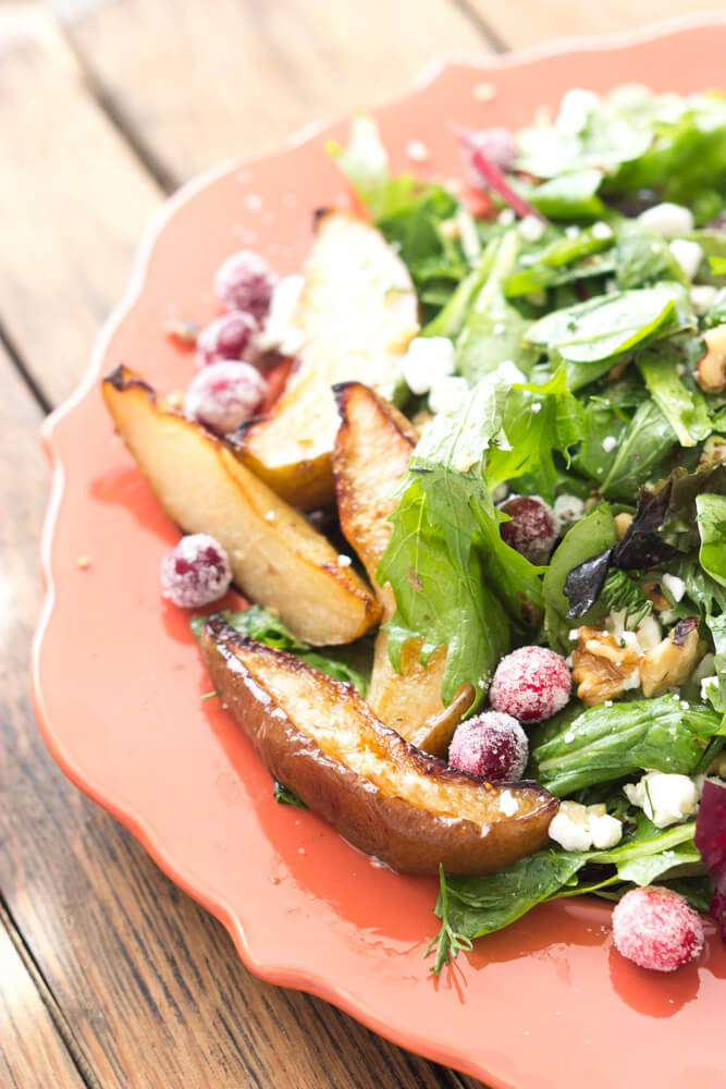 Delicious fall salad that will surely impress your guests! Super easy to put together days in advance.   littlebroken.com @littlebroken #thanksgiving #salad