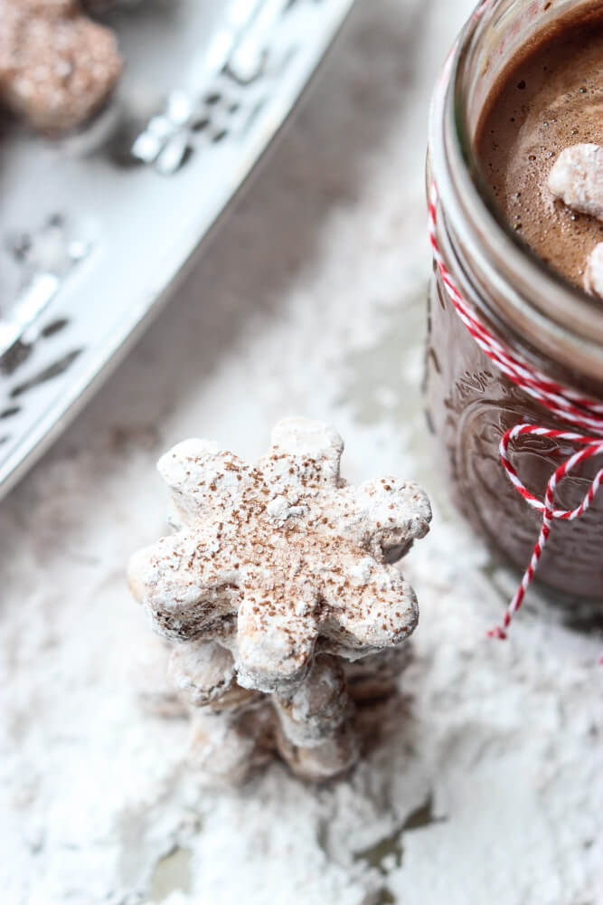 Homemade marshmallows without corn syrup! Melt in your mouth good with swirls of chocolate. Yum!   littlebroken.com @littlebroken
