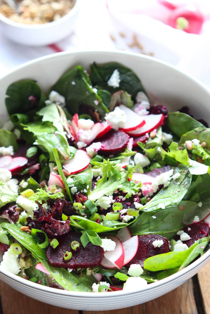 Healthy and quick side salad with clean and simple ingredients | littlebroken.com @littlebroken