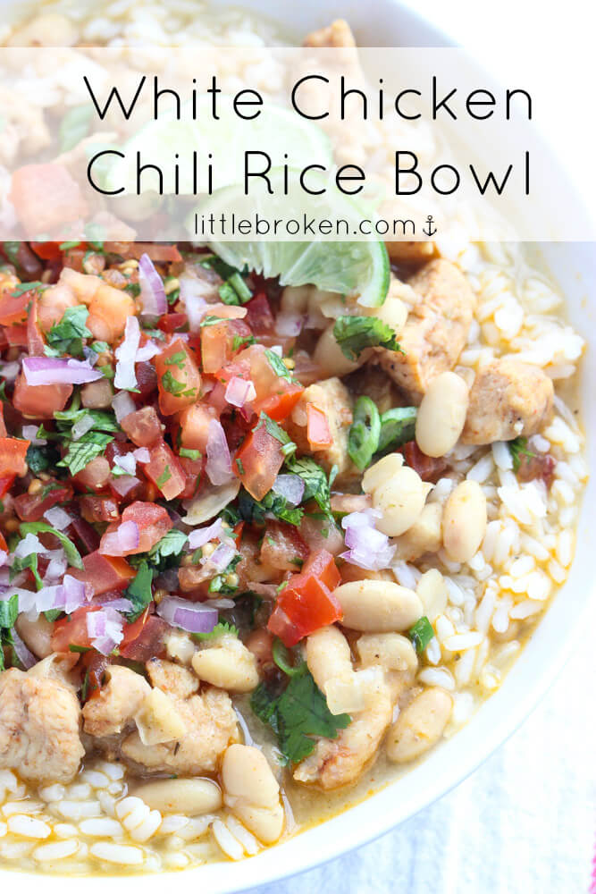 White Chicken Chili with fresh pico de gallo and rice. SUPER YUM! Perfect hearty dinner or football food! | littlebroken.com @littlebroken