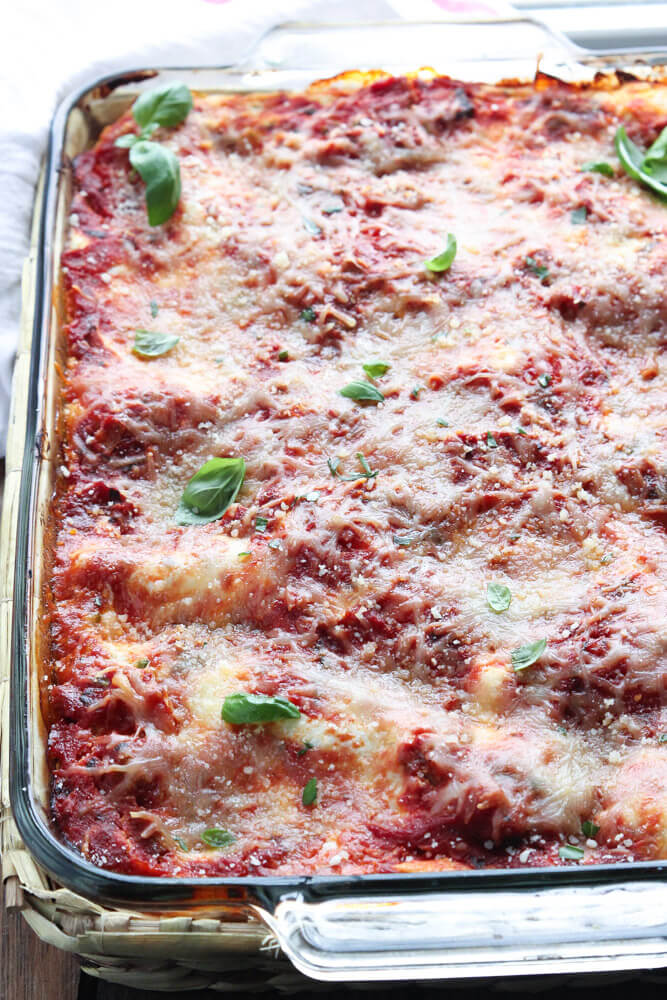 Ina Garten's Turkey Lasagna with Italian sausage and 4 different cheeses! | littlebroken.com @littlebroken