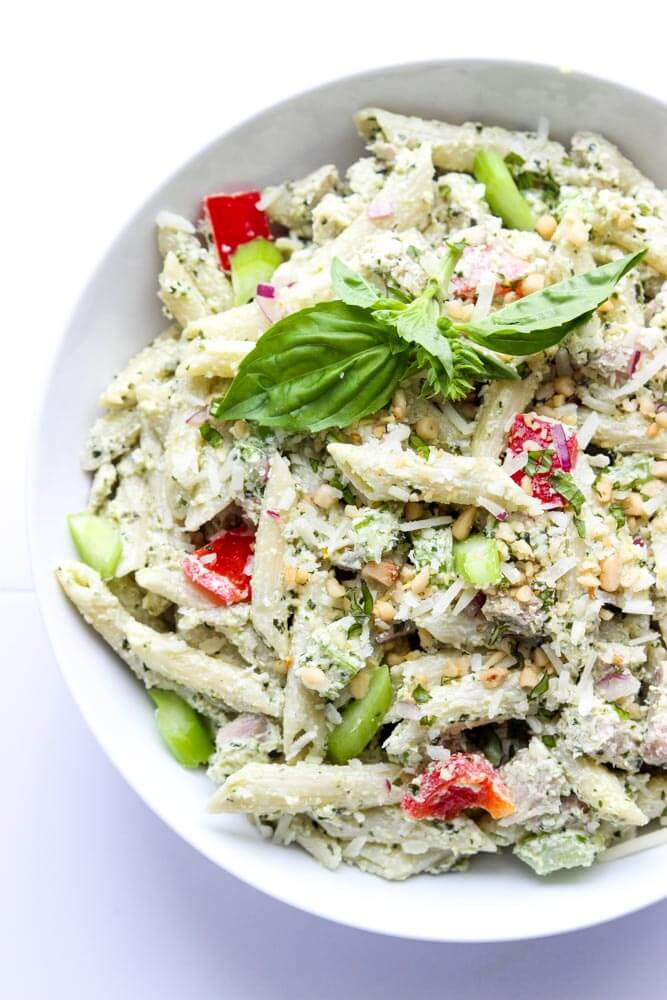 Creamy pesto chicken pasta made with healthy Greek yogurt, vegetables, and cooked chicken | littlebroken.com @littlebroken
