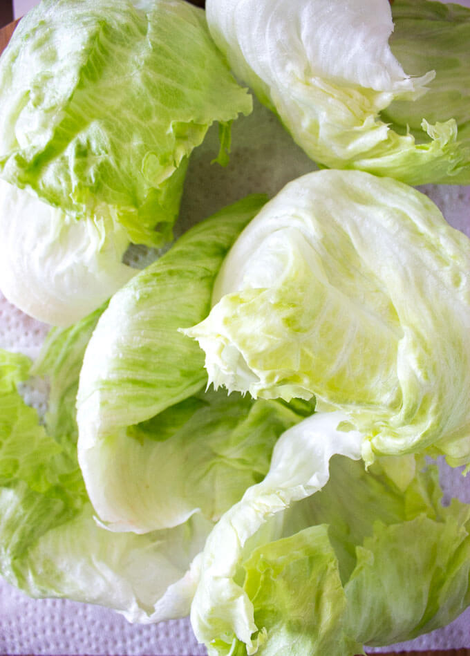 Step by step photo instructions on how to separate lettuce for lettuce wraps - foolproof! | littlebroken.com @littlebroken
