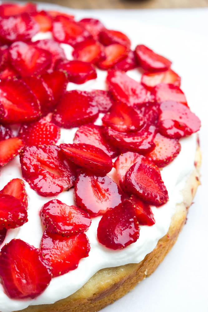recipe: classic strawberry shortcake cake [11]