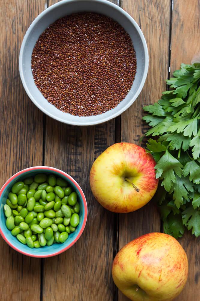 Edamame Quinoa and Apple Chopped Salad - nutritious salad with edamame, quinoa and salad tossed in citrus vinaigrette   littlebroken.com @littlebroken