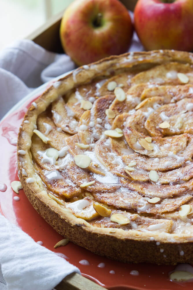 Simple Apple Tart Recipe - apple tart with buttery crust, almond cream cheese filling and sweet glaze | littlebroken.com @littlebroken