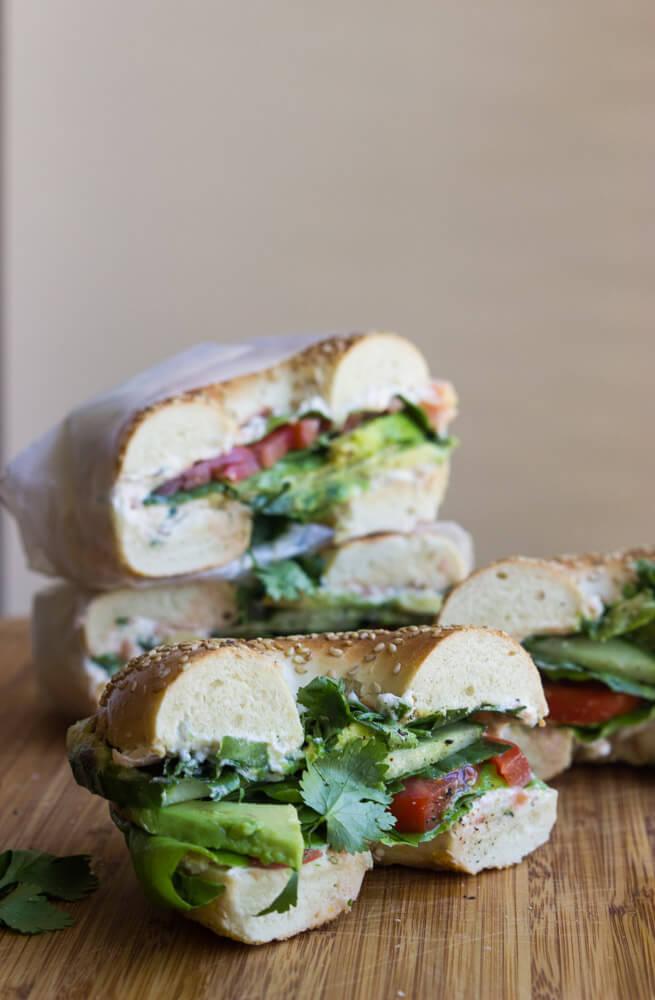 make vegetarian bagel sandwich