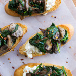 Mushroom and Burrata Cheese Crostini - crispy crostini topped with delicious mushroom + spinach + creamy burrata cheese. Can be made in advance for easy entertaining | littlebroken.com @littlebroken
