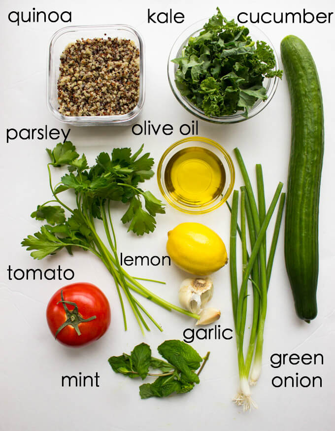 Superfood Green Tabbouleh - this gluten free salad made with superfood quinoa and kale. Takes minutes to make. Top it with chicken for healthy complete meal. SO GOOD!   littlebroken.com @littlebroken