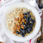 Wholesome Flaxseed and Blueberry Oatmeal