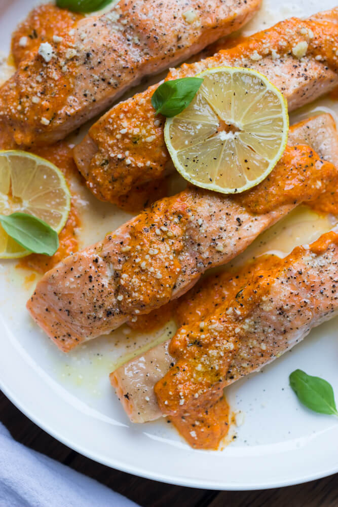https://www.littlebroken.com/wp-content/uploads/2016/02/Oven-Roasted-Salmon-with-Red-Pepper-Sauce-12.jpg