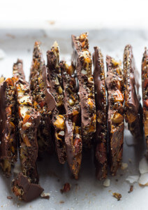 Almond Coconut Chocolate Bark Recipe - homemade chocolate thin bark made with wholesome ingredients. No processed fats or sugar! | littlebroken.com @littlebroken