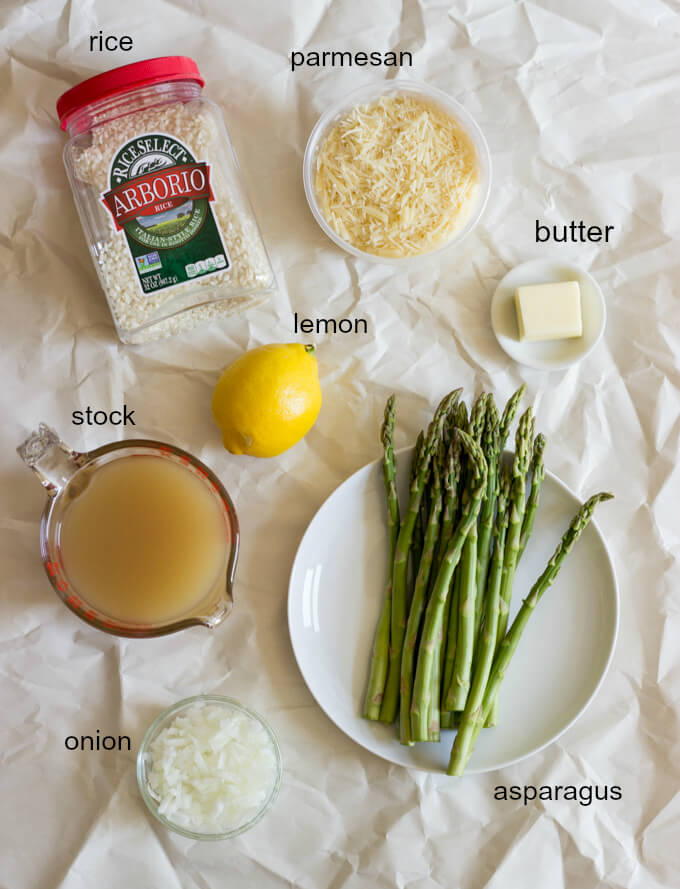 Asparagus and Lemon Risotto - learn how to make this asparagus lemon risotto with step by step photos and instructions! | littlebroken.com @littlebroken