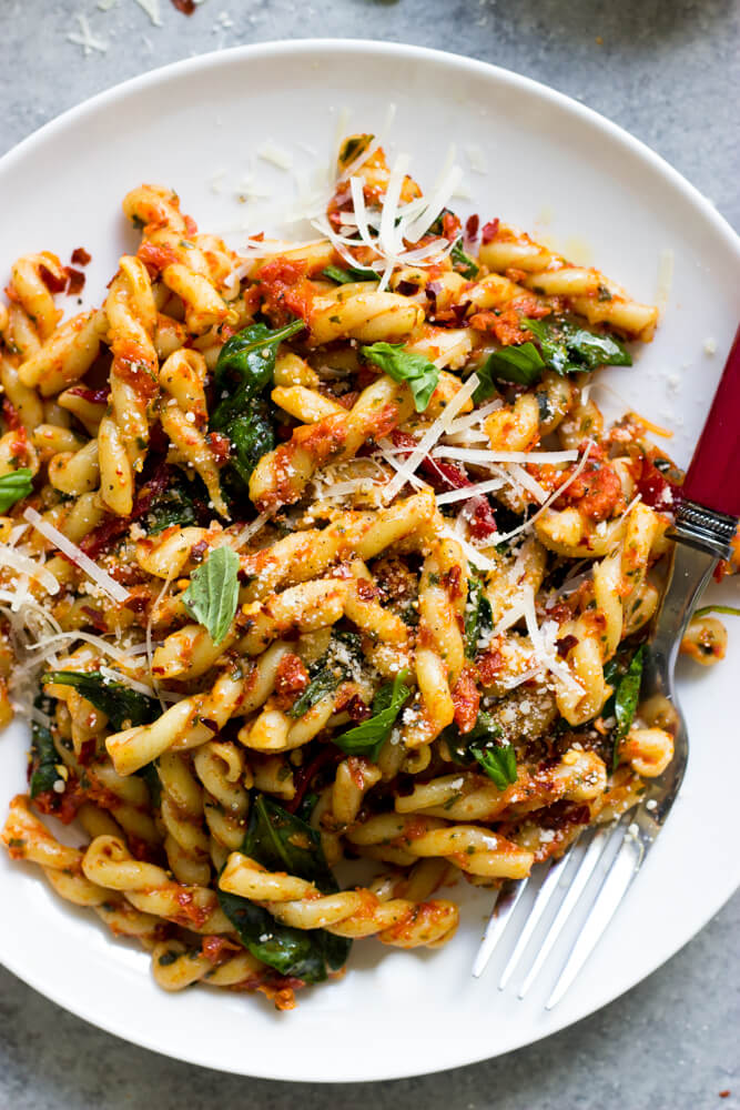 pasta with dried tomatoes