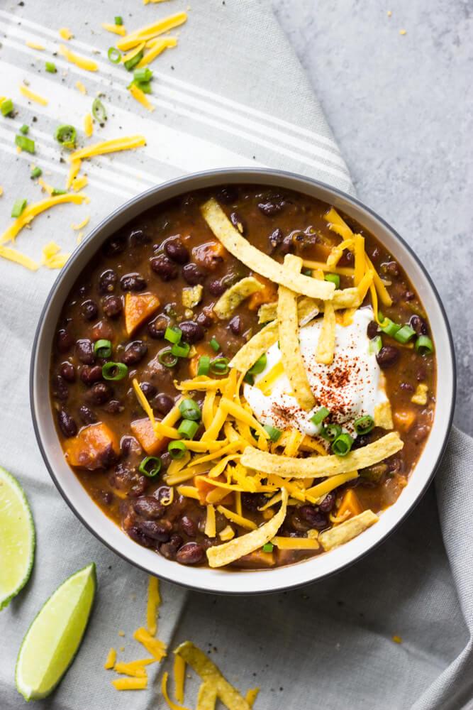 Black Bean and Sweet Potato Chili | Little Broken