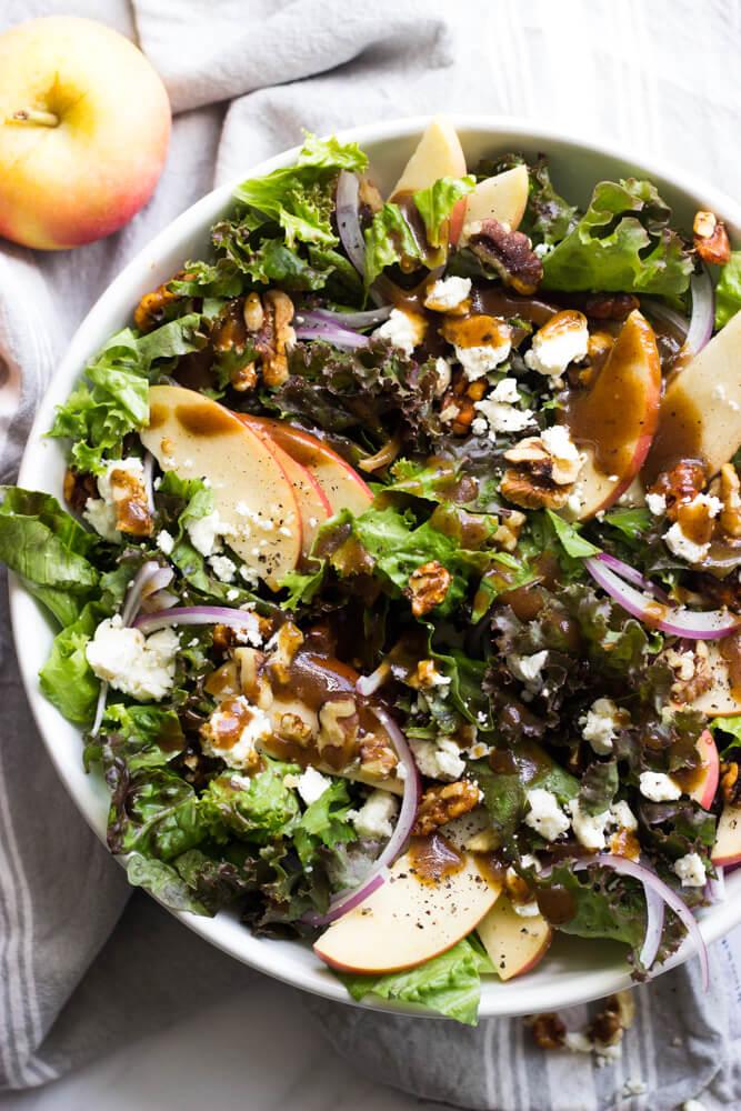 Apple Walnut Salad with Balsamic Vinaigrette - delicious autumn salad with pantry ingredients | littlebroken.com @littlebroken