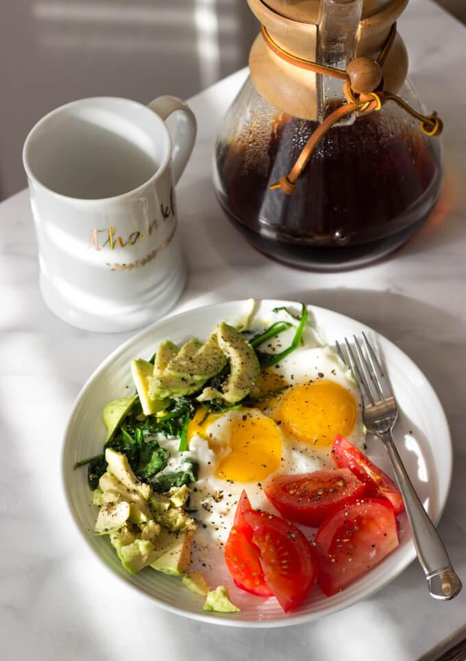 Morning School Routine, Snack Time, and School Lunches   littlebroken.com @littlebroken