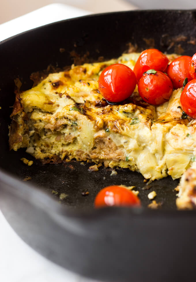 Sausage and Artichoke Frittata with Blistered Tomatoes - breakfast frittata with Italian flavors! | littlebroken.com @littlebroken