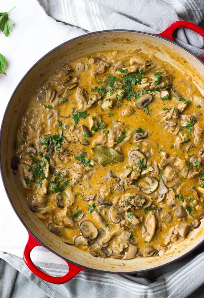 Chicken Stroganoff - tender chicken is a simple, yet flavorful sauce. Served over cauliflower mash for low-carb option. | littlebroken.com @littlebroken
