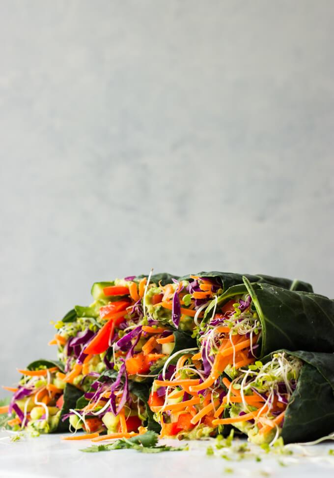 Healthy Veggie Rolls - vegan, vegetarian and completely raw! | littlebroken.com @littlebroken