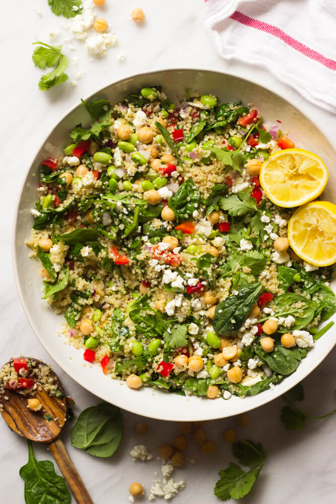 Quinoa Salad with Spinach and Feta - packed with crisp veggies and the most delicious lemon ginger dressing! This quinoa salad make the perfect side | littlebroken.com @littlebroken