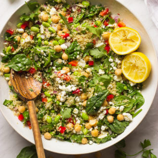 Quinoa Salad with Spinach and Feta - packed with crisp veggies and the most delicious lemon ginger dressing! This quinoa salad make the perfect summer side | littlebroken.com @littlebroken