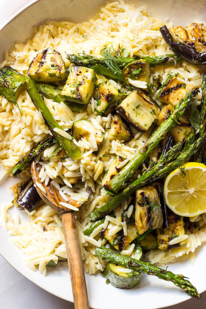 Creamy Orzo with Grilled Vegetables - grilled vegetables tossed in simple garlic herb vinaigrette and served over creamy orzo | littlebroken.com @littlebroken