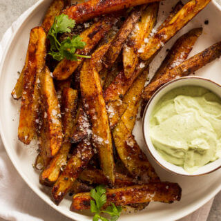 Baked Potato Fries with Avocado Dip - hot savory seasoned fries with refreshing cilantro lime and avocado dip | littlebroken.com @littlebroken