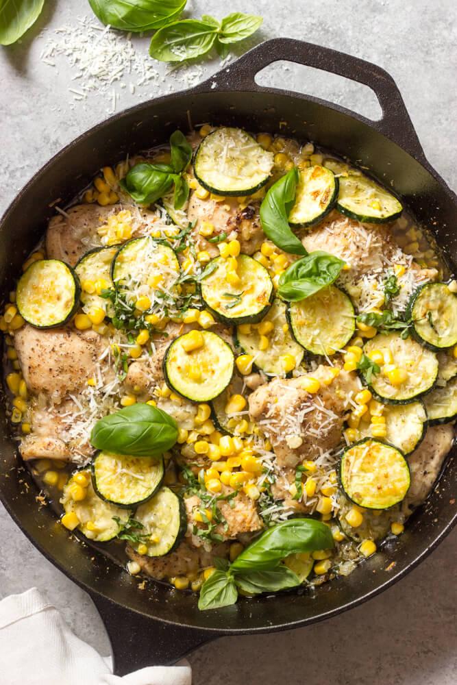 https://www.littlebroken.com/wp-content/uploads/2018/06/One-Pan-Chicken-with-Zucchini-and-Corn-16.jpg