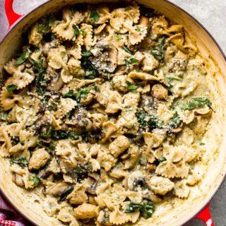 overhead chicken mushroom pasta