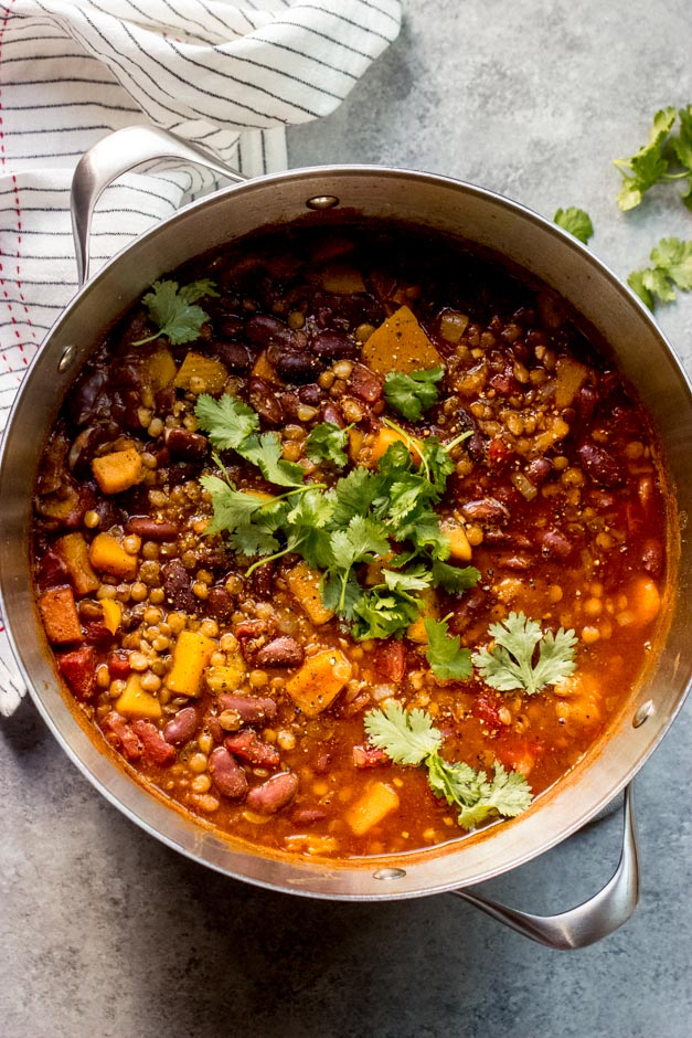 butternut squash chili in dutch oven