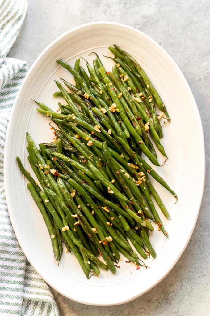 https://www.littlebroken.com/wp-content/uploads/2020/12/Asian-Green-Beans-19.jpg