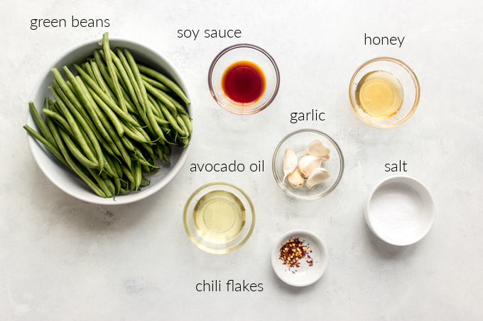 ingredients for spicy green beans