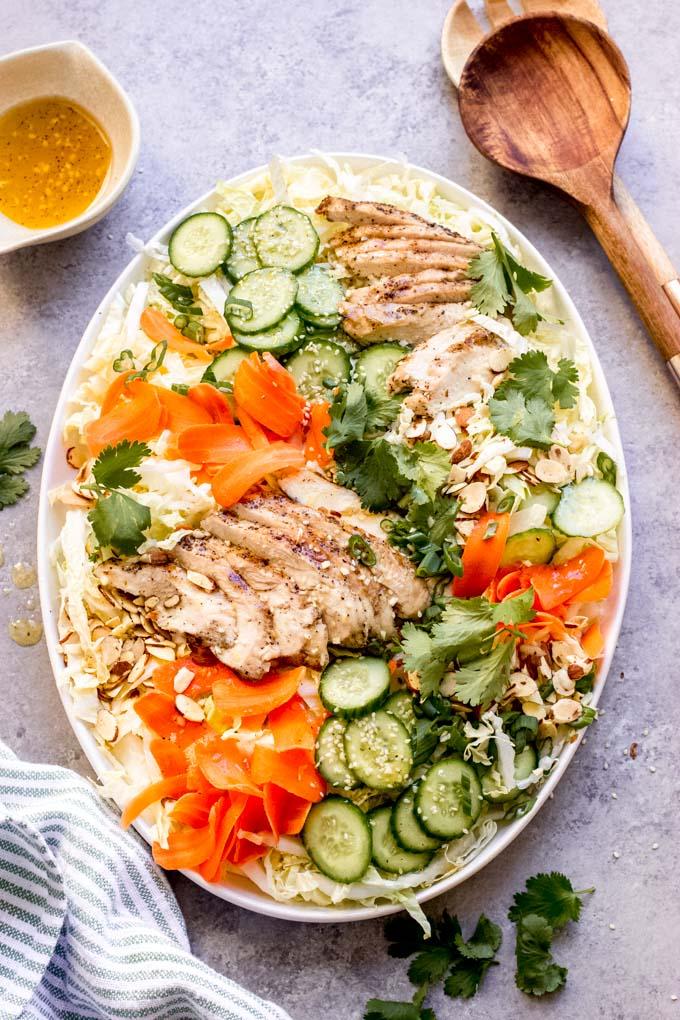 https://www.littlebroken.com/wp-content/uploads/2021/03/Sesame-Chicken-Salad-11.jpg