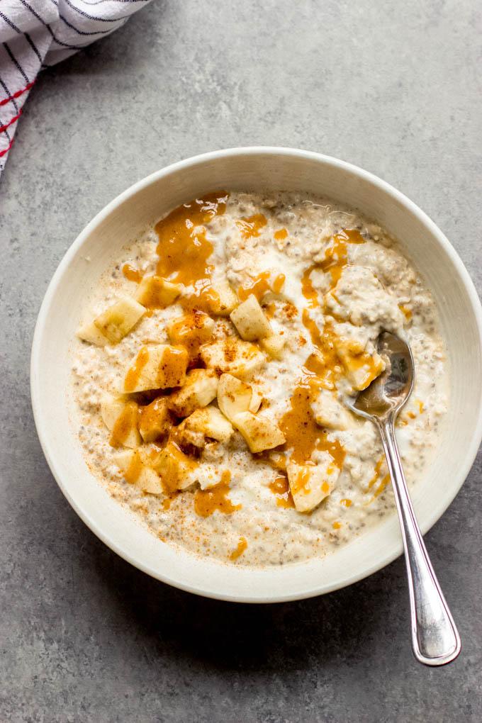 https://www.littlebroken.com/wp-content/uploads/2021/09/Peanut-Butter-Banana-Overnight-Oats-7.jpg